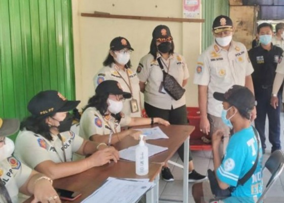Nusabali.com - tim-yustisi-tindak-20-pelanggar-prokes-di-denpasar-selatan