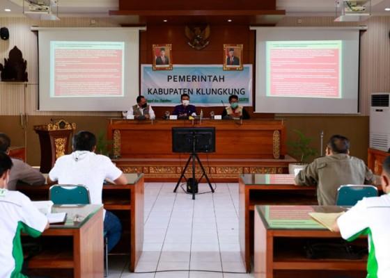 Nusabali.com - satgas-covid-nasional-kunjungi-klungkung
