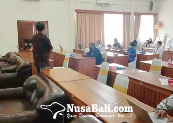Nusabali.com - balai-bahasa-minta-media-massa-jadi-panutan