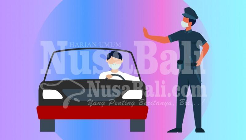 www.nusabali.com-polres-gianyar-bagikan-takjil