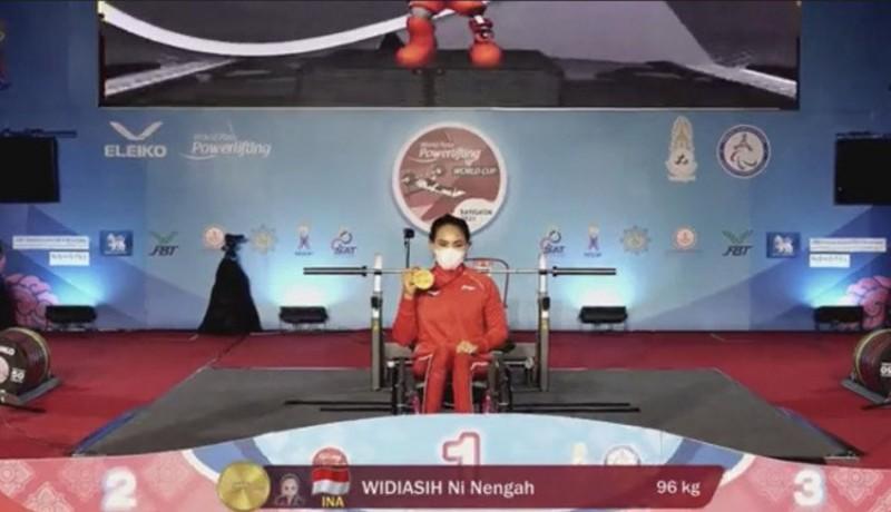 www.nusabali.com-ni-nengah-widiasih-juara-world-para-powerlifting-world-cup-2021-di-thailand