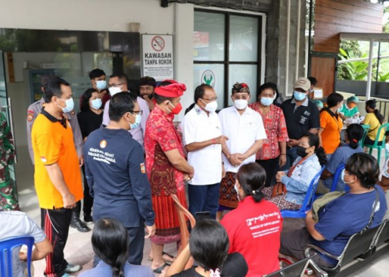 Nusabali.com - gubernur-instruksikan-vaksinasi-berbasis-banjar