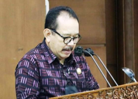 Nusabali.com - gubernur-koster-dorong-perluasan-usaha-desa-adat