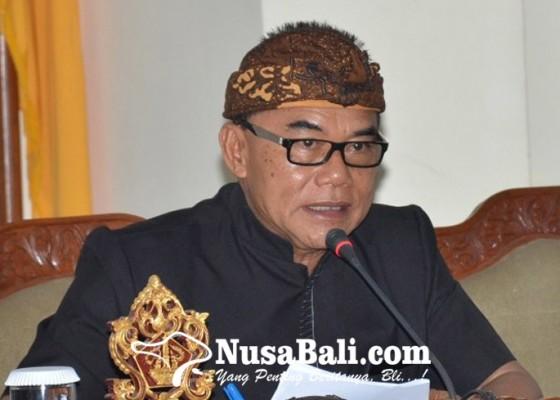 Nusabali.com - adi-wiryatama-dukung-penuh-langkah-gubernur-bersihkan-bule-nyeleneh