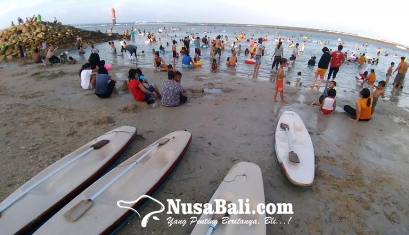 www.nusabali.com-liburan-idul-fitri-di-pantai-sanur