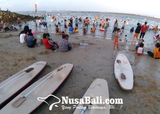 Nusabali.com - liburan-idul-fitri-di-pantai-sanur
