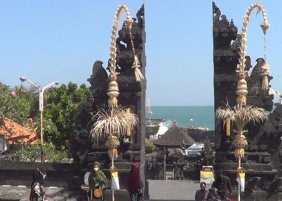 Nusabali.com - wisatawan-tanah-lot-anjlok-40-persen-selama-larangan-mudik