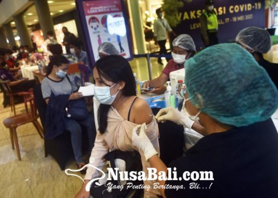 Nusabali.com - vaksinasi-covid-19-untuk-pekerja-mall
