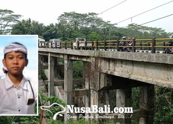 Nusabali.com - siswa-smk-tewas-melompat-dari-jembatan-titi-gantung-cau-belayu