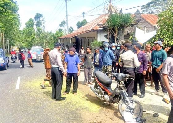 Nusabali.com - rem-blong-pick-up-hantam-pemotor-hingga-tewas
