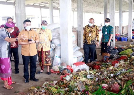 Nusabali.com - direktur-lingkungan-hidup-kementerian-ppnbappenas-apresiasi-toss-center