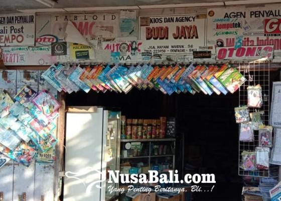 Nusabali.com - kios-buku-budi-jaya-menjaga-budaya-literasi-yang-terkikis-teknologi