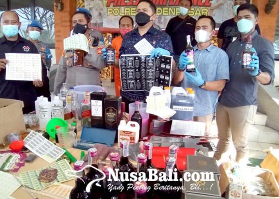 Nusabali.com - polisi-gerebek-pabrik-miras-oplosan
