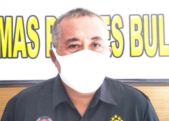 Nusabali.com - polisi-susun-berkas-perkara-anak-bunuh-bapak