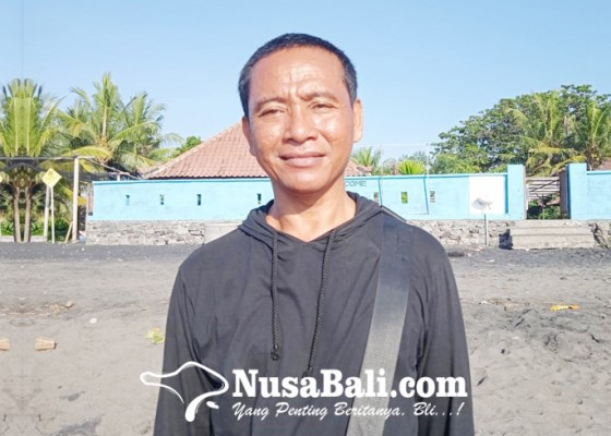 Nusabali.com - made-kikik-mantan-pemabuk-pelestari-tukik