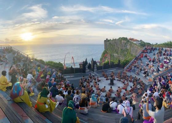 Nusabali.com - pengelola-pertunjukan-wisata-antusias