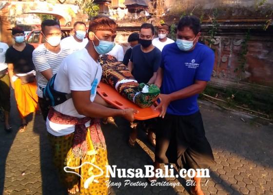 Nusabali.com - ibu-dan-putrinya-tewas-terseret-arus-saat-malukat