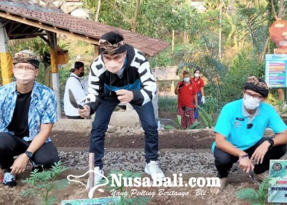 Nusabali.com - sandiaga-uno-gugah-desa-wisata-ikut-lomba