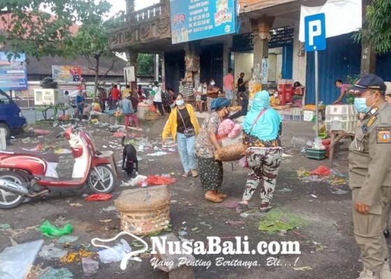 Nusabali.com - satpol-pp-tertibkan-pedagang