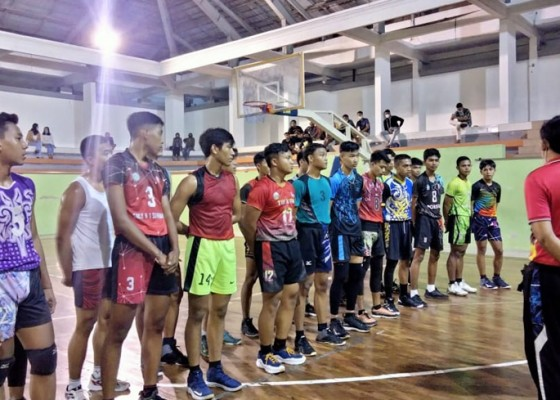 Nusabali.com - gianyar-tingkatkan-rivalitas-tim-voli