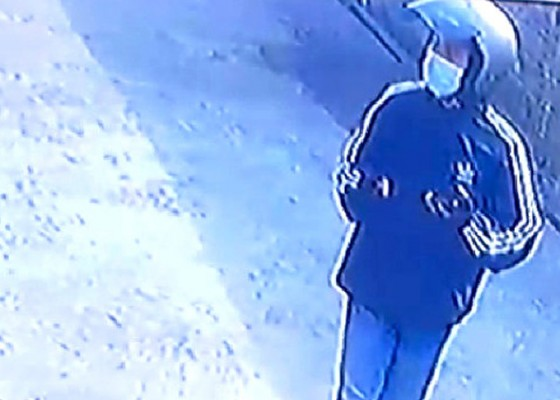 Nusabali.com - viral-aksi-pencurian-celana-dalam-terekam-cctv