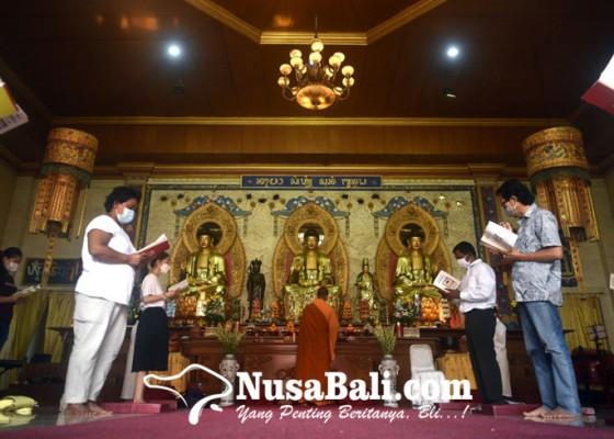 Nusabali.com - ibadah-dan-perayaan-hari-raya-waisak-2565-be-2021-di-vihara-buddha-dharma-bali