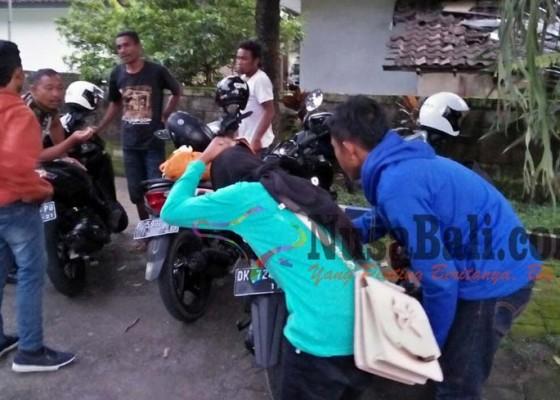 Nusabali.com - truk-tabrak-dua-motor-satu-korban-pingsan