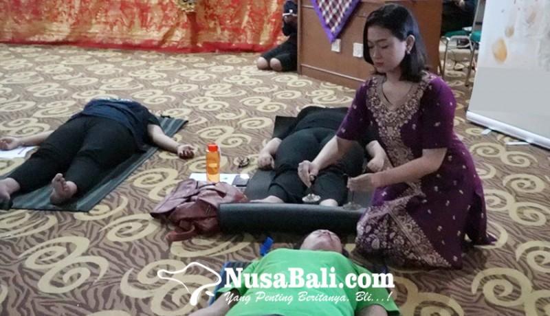 www.nusabali.com-uhn-i-gusti-bagus-sugriwa-kupas-manfaat-sound-healing