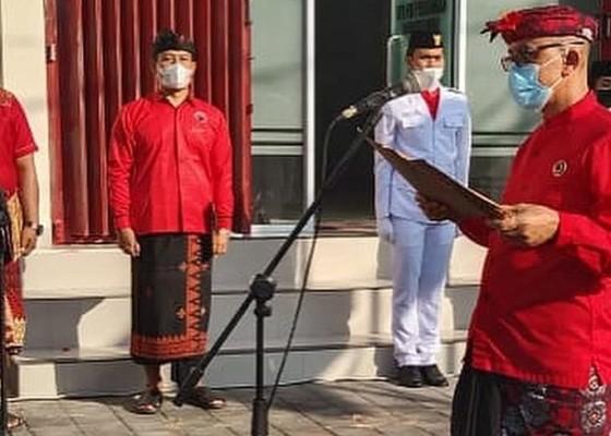 Nusabali.com - peringati-hari-lahir-pancasila-pdip-bangli-gelar-apel