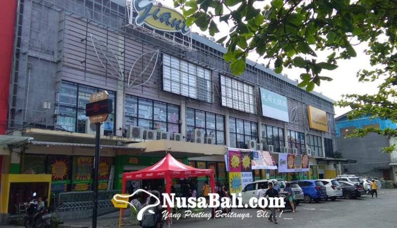 www.nusabali.com-jelang-tutup-permanen-giant-kuta-obral-besar-besaran