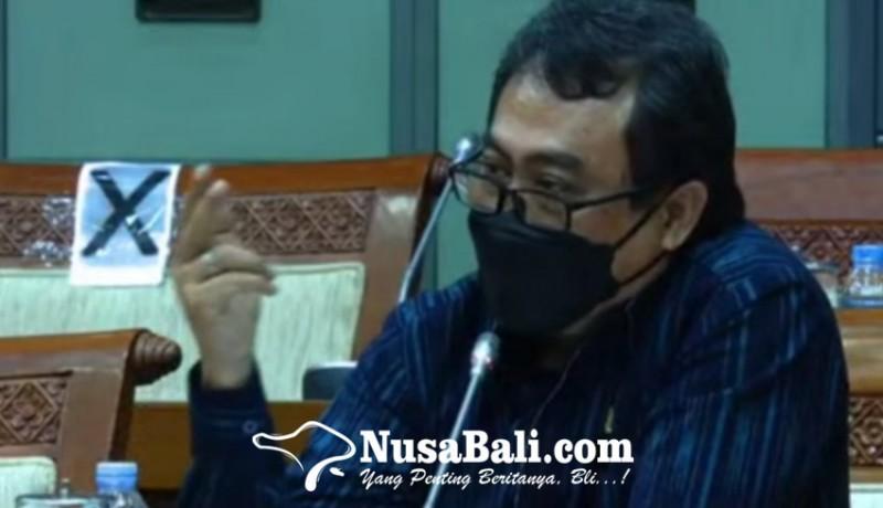 www.nusabali.com-alit-kelakan-minta-menteri-pppa-bantu-akte-kelahiran-anak-panti