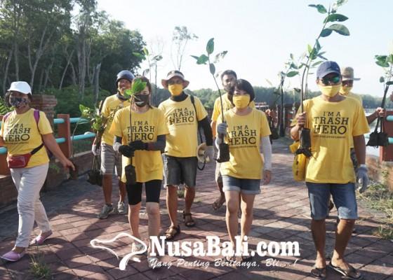 Nusabali.com - peringati-hari-lingkungan-hidup-sedunia-trash-hero-indonesia-aksi-bersih-bersih-dan-tanam-mangrove