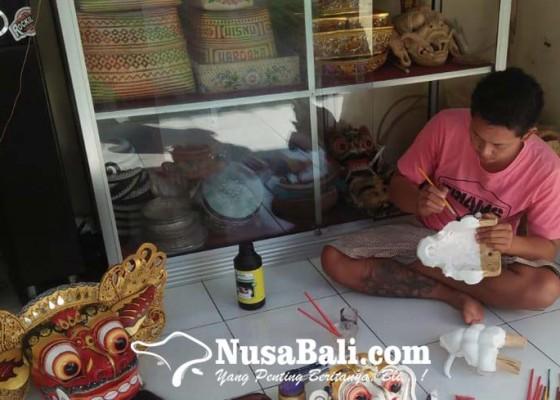 Nusabali.com - tunggu-pandemi-reda-cook-villa-dewa-suda-tekuni-tapel