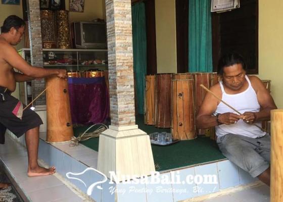 Nusabali.com - perajin-gambelan-bali-hanya-bertahan