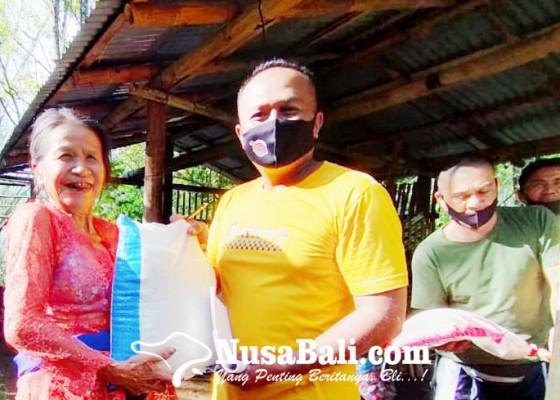 Nusabali.com - warga-desa-pedawa-tukar-sampah-dengan-beras