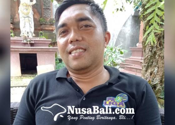 Nusabali.com - latihan-tim-voli-pantai-digeser-ke-nusa-lembongan