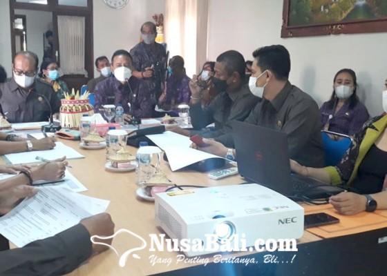Nusabali.com - komisi-iv-warning-disnaker-jelang-ppdb