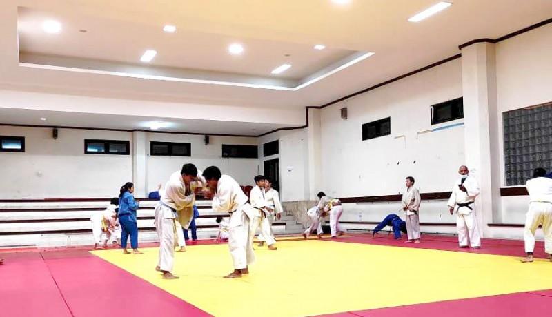 www.nusabali.com-16-judoka-terpilih-masuk-tim-pon-bali