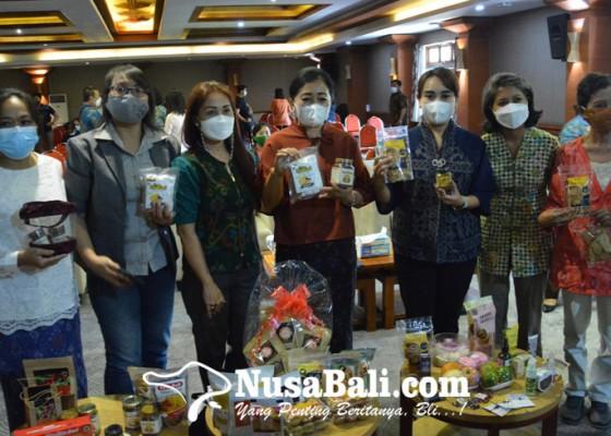 Nusabali.com - pengusaha-retail-wajib-beri-ruang-30-persen-untuk-produk-umkm