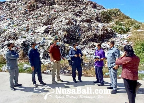 Nusabali.com - komisi-iii-dprd-jembrana-sidak-kesiapan-relokasi-sampah-tpa-peh