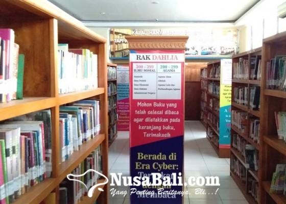 Nusabali.com - perpustakaan-kota-denpasar-layani-peminjaman-buku-secara-online