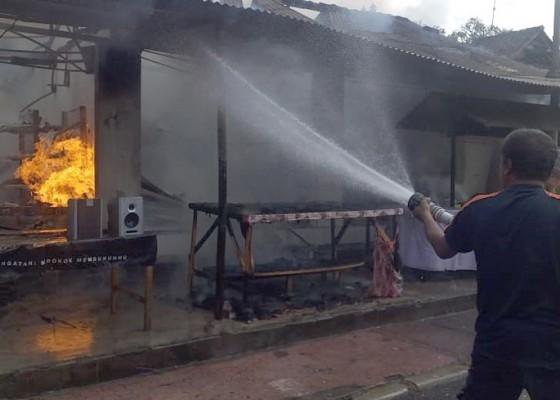 Nusabali.com - diduga-tabung-gas-meledak-warung-terbakar