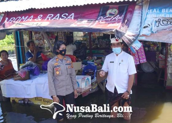 Nusabali.com - sungai-meluap-air-masuk-rumah
