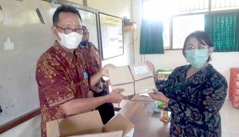 www.nusabali.com-mkks-smk-karangasem-bagikan-blangko-ijazah