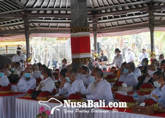 Nusabali.com - para-sulinggih-wajib-nguncar-mantra-sakti-cegah-covid-19