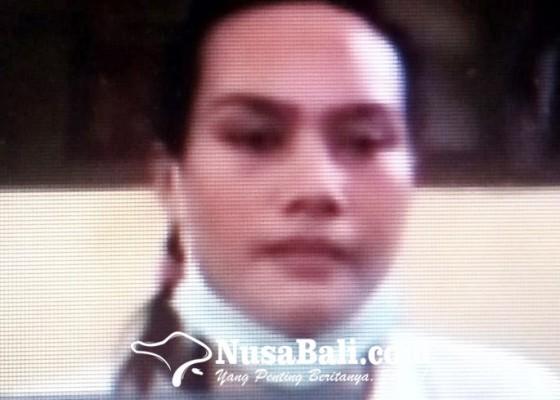Nusabali.com - nyabu-janda-pedagang-tuak-divonis-5-tahun
