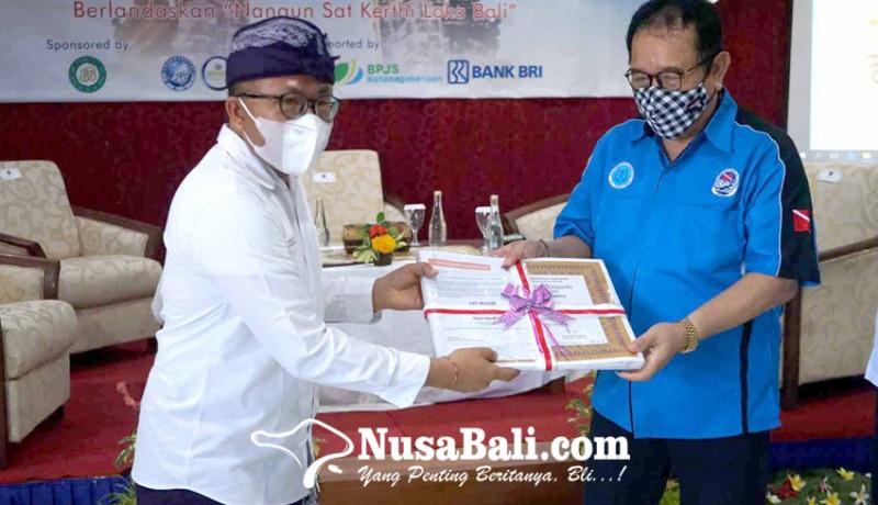 www.nusabali.com-phri-karangasem-laporkan-semua-karyawannya-otg
