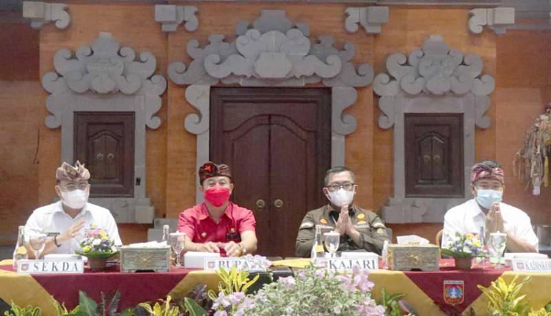 www.nusabali.com-bupati-cegah-pengurus-lpd-tersandung-hukum