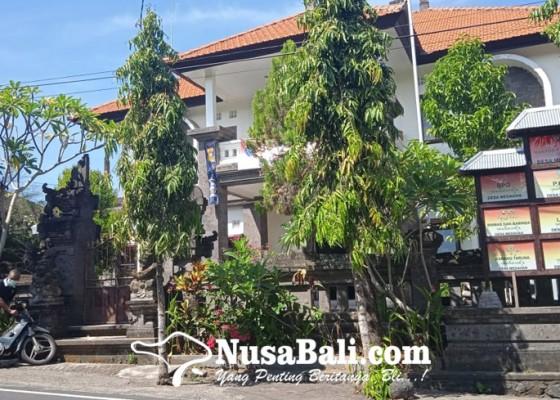 Nusabali.com - petugas-sampah-desa-diupah-dana-adat
