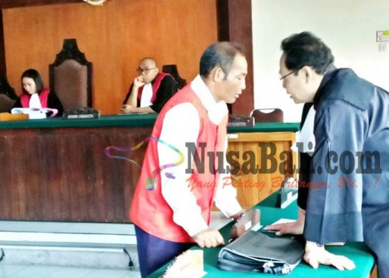 Nusabali.com - pembunuh-dagang-sayur-dituntut-20-tahun